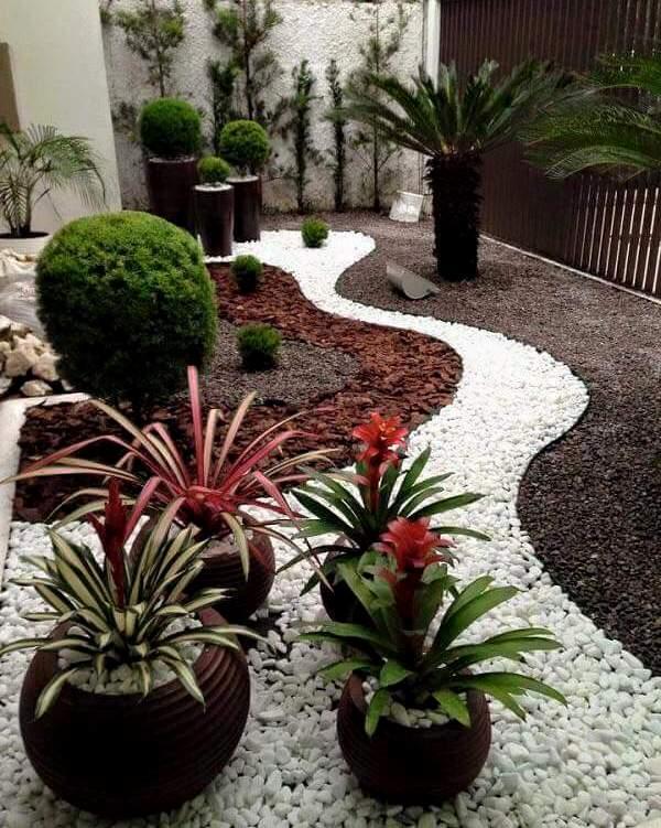 Piedra blanca marmol grano fino de 20 kg for Macetas de piedra para jardin